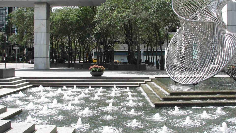 Pin de gustavo a delgado en dise o fuente de agua for Diseno de fuente de jardin al aire libre