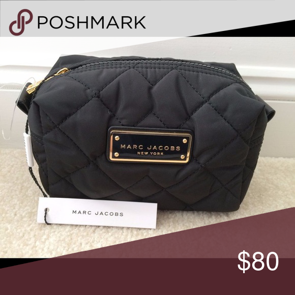 6b1181de4b03 NWT MARC JACOBS quilted nylon cosmetic pouch NWT MARC JACOBS quilted nylon cosmetic  bag  makeup pouch in black Marc Jacobs Bags