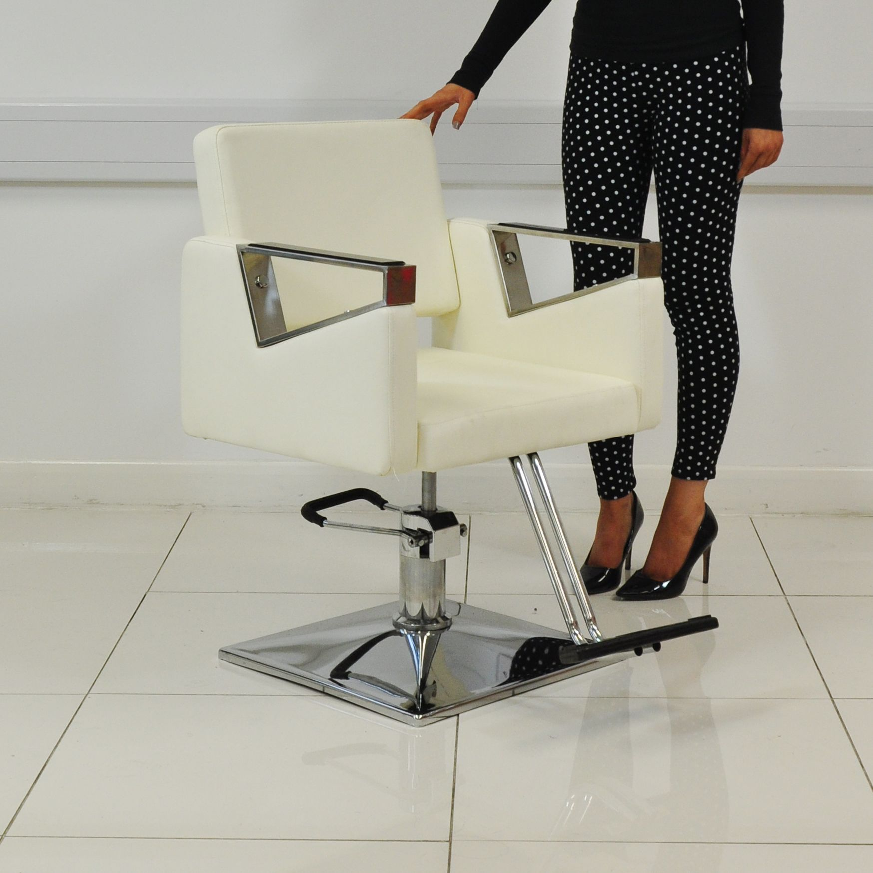 White hair salon chairs - Modern And Stylish White Hair Salon Chair