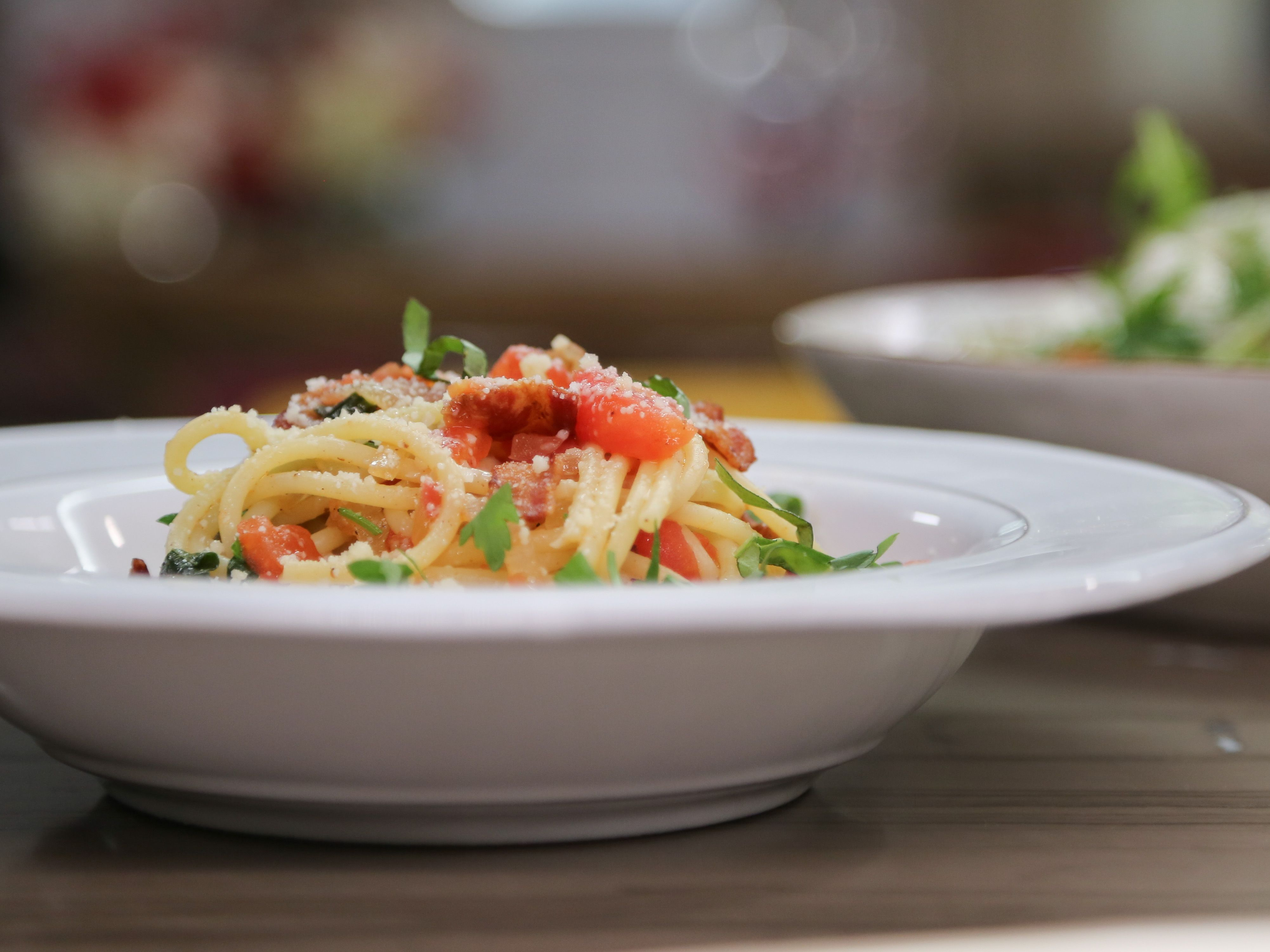 Pasta with bacon and tomatoes recipe valerie bertinelli pasta pasta with bacon and tomatoes recipe from valerie bertinelli via food network forumfinder Choice Image