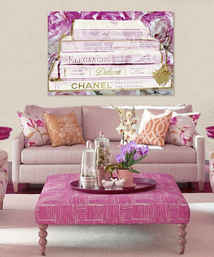 Girly Apartment Living Room: Would Matt Be Ok With Such A Girly Sofa
