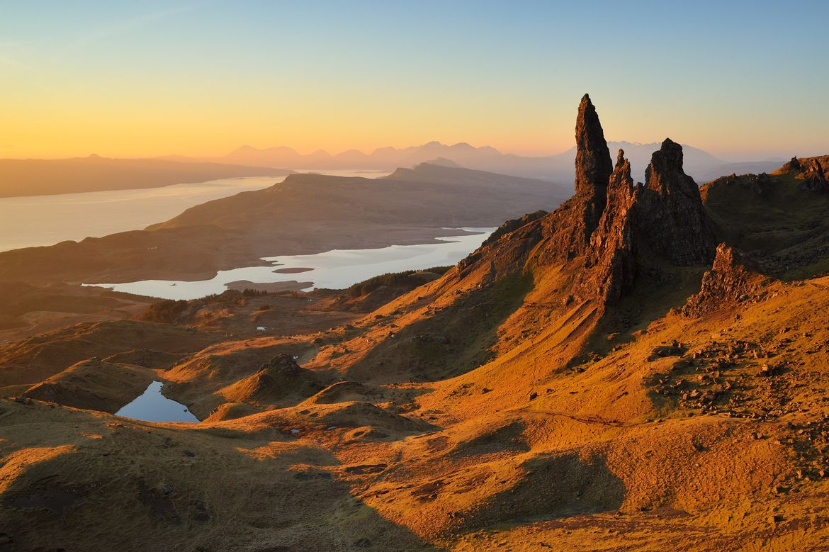 Back at The Storr by Marcus Reeves on 500px