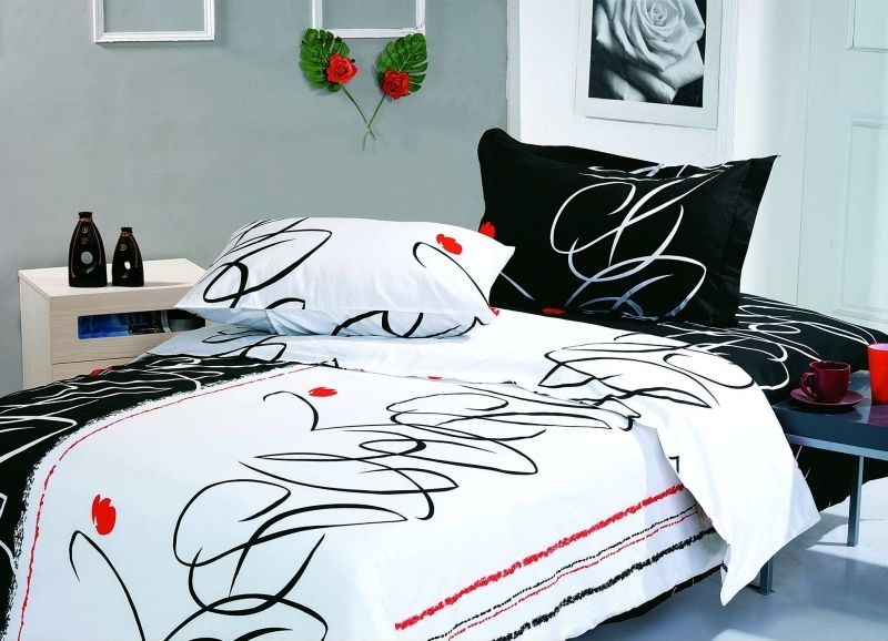 Modern And Fun Design Black White Bedding Set With Red Accents Life Le23q By Le Vele Full Queen Www Designedtoinspirebedding