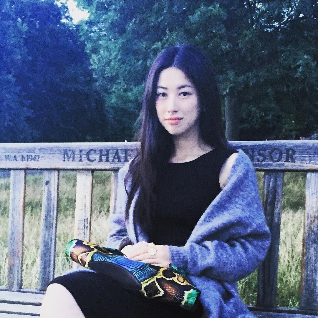 Instagram Zhu Zhu nudes (63 photos), Cleavage