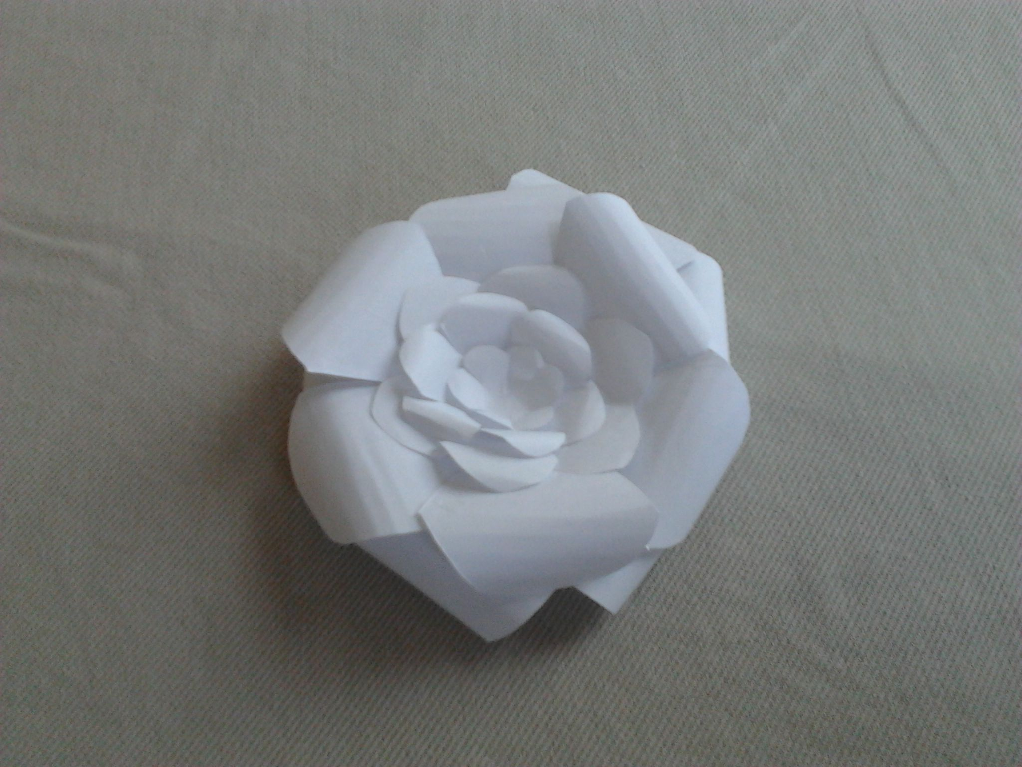 Try Decorating Little Girls Birthday Presents With Paper Flowers