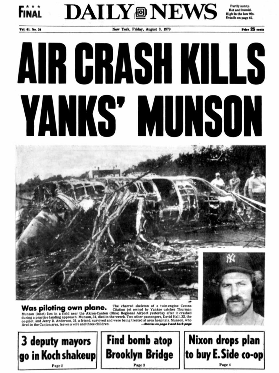 Bronx Street Sign Named For Yankee Legend Thurman Munson Mysteriously Vanishes Days Before Anniversary Of His Death Thurman Munson Munson Yankees
