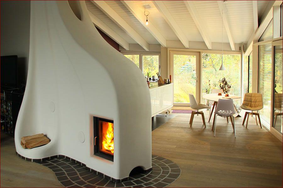 Ein Speicherofen von Lehm und Feuer, gemauert wie ein - design kaminofen gemauert bilder