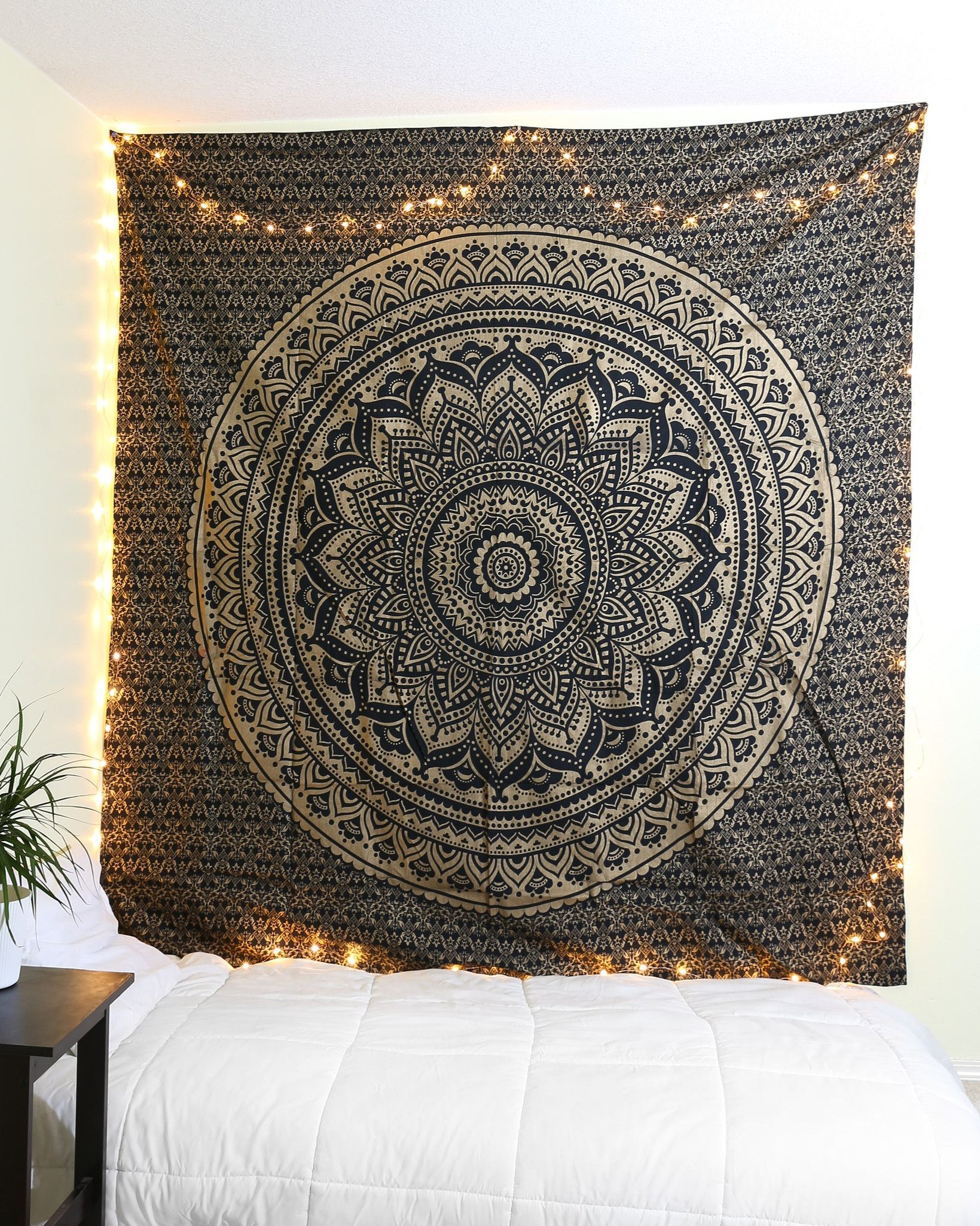 Black & Gold Glitter Tapestry