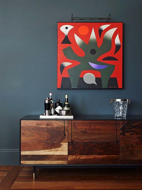 Aparador Moderno de Madeira. Designer: Sarah Davison.