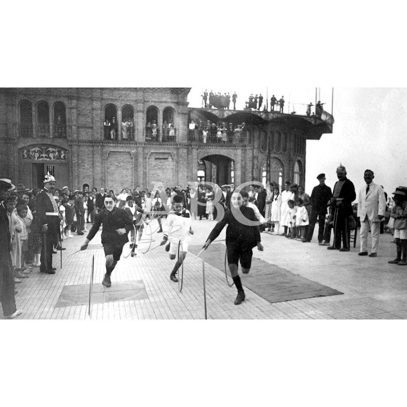 Barcelona Septiembre De 1920 Ferias Y Fiestas En El