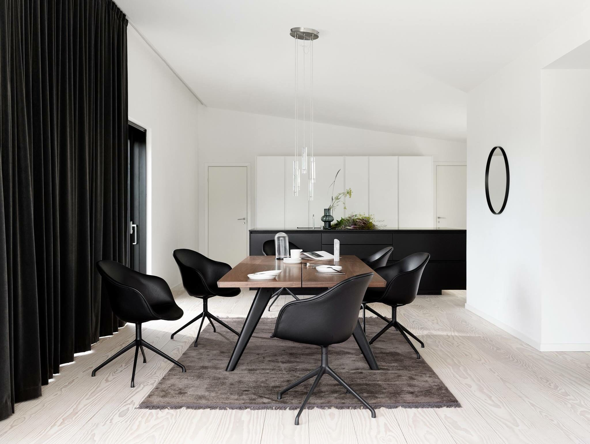 Vancouver Dining Table In 2020 Comfortable Dining Chairs Dining