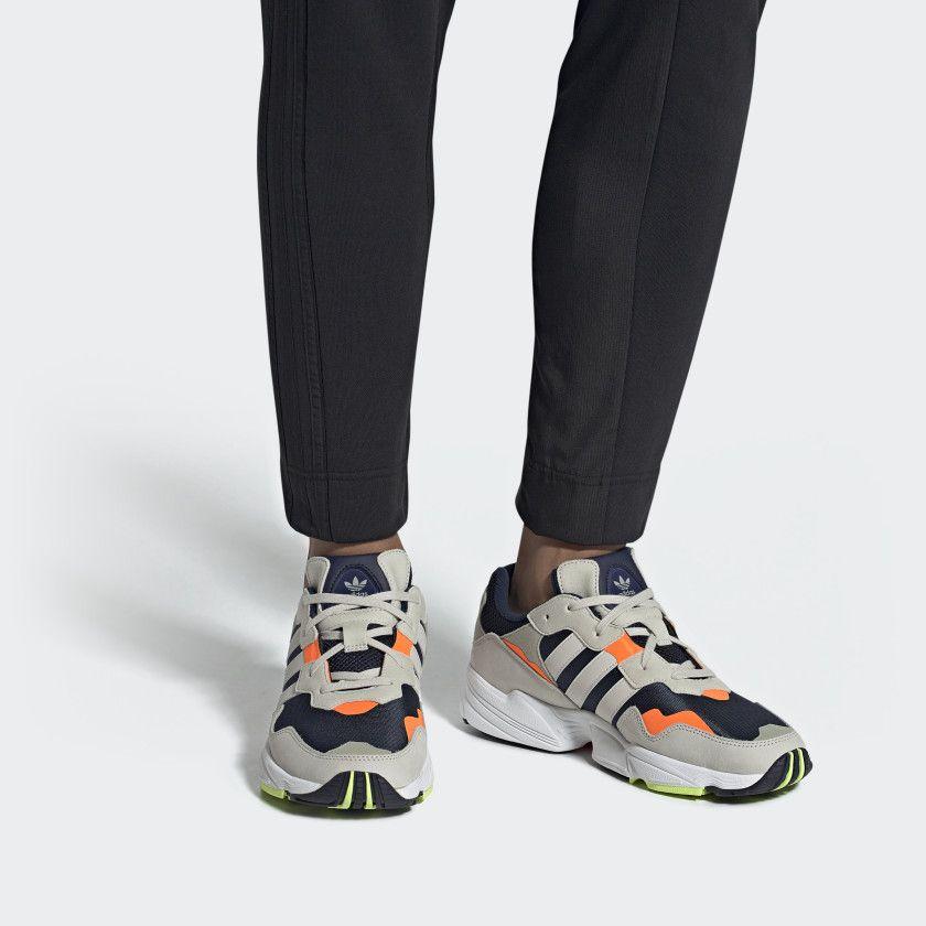 YUNG 96 Sneakers footwear whitecrystal white @ Zalando.se </p>                     </div>   <!--bof Product URL --> <!--eof Product URL --> <!--bof Quantity Discounts table --> <!--eof Quantity Discounts table --> </div>                        </dd> <dt class=