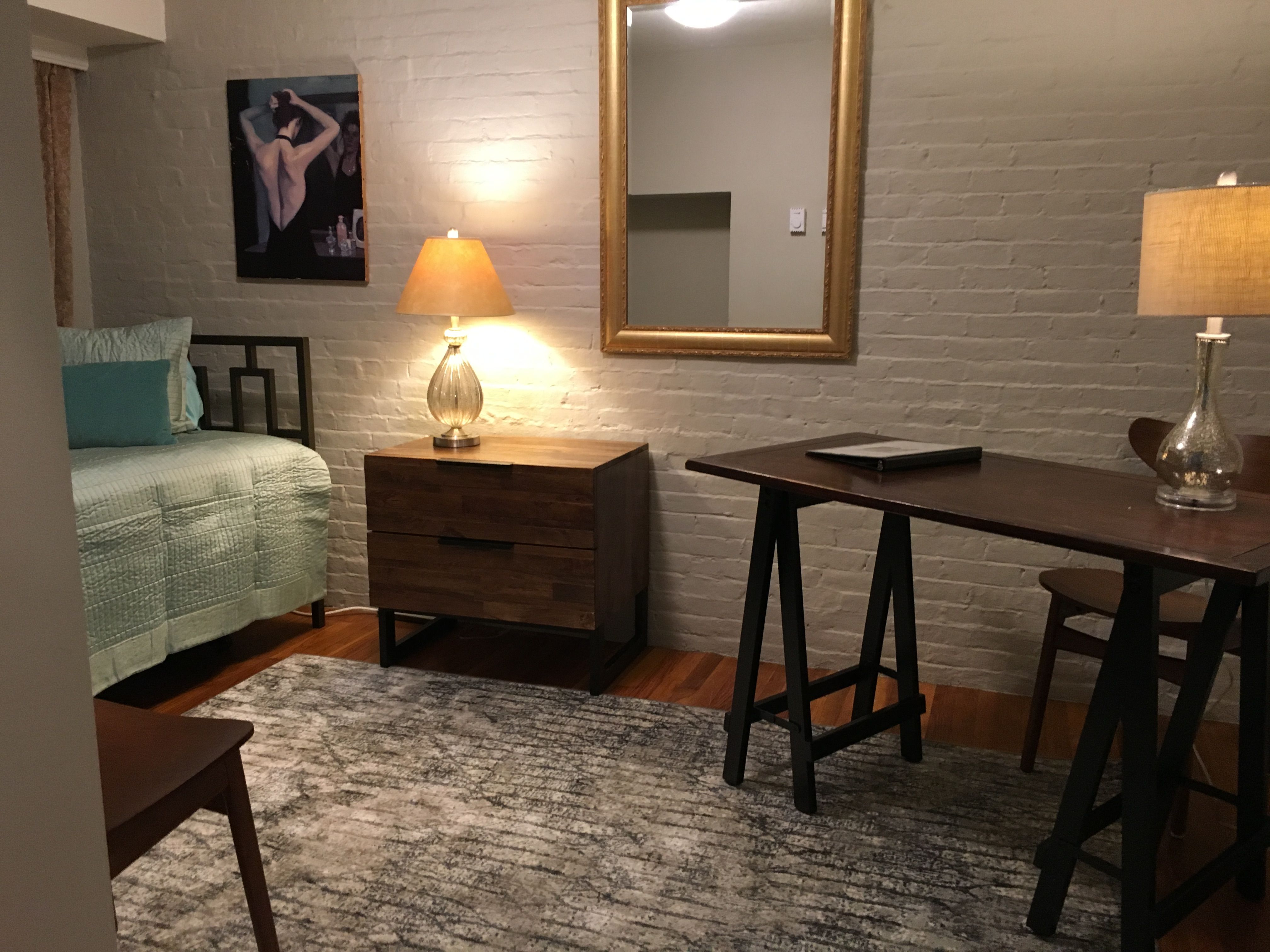 Studio apartment with an office/guest room alcove
