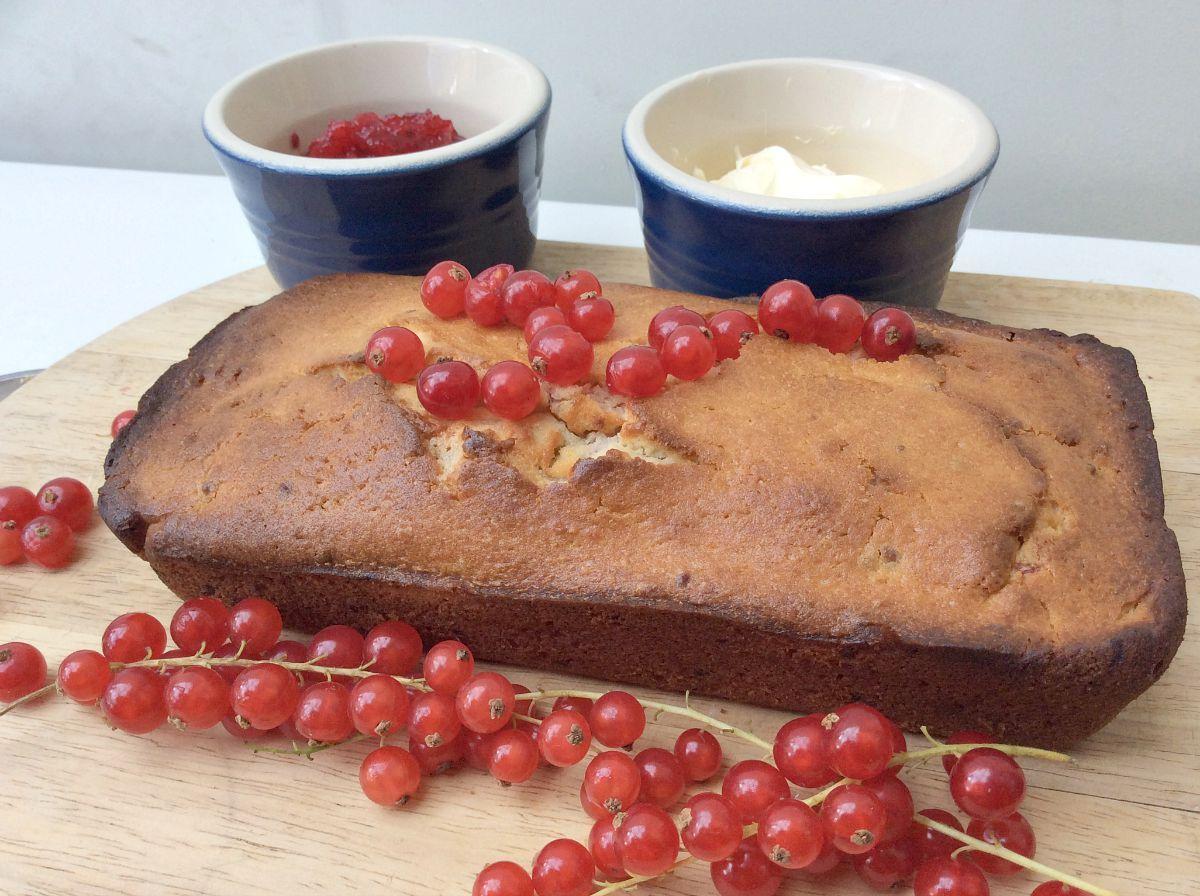 Redcurrant Yoghurt Loaf Cake #Bakeoftheweek