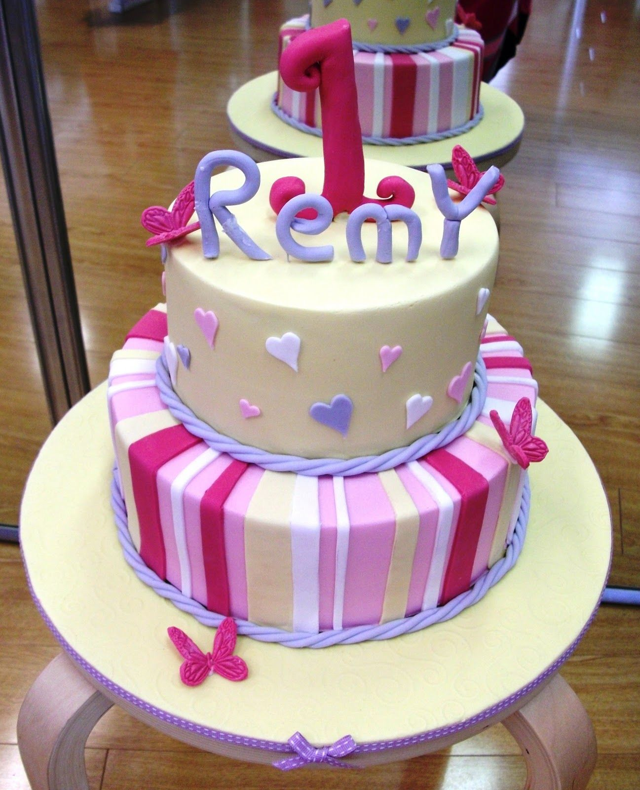 Pretty cake for kids birthday Bridam House Co Pinterest