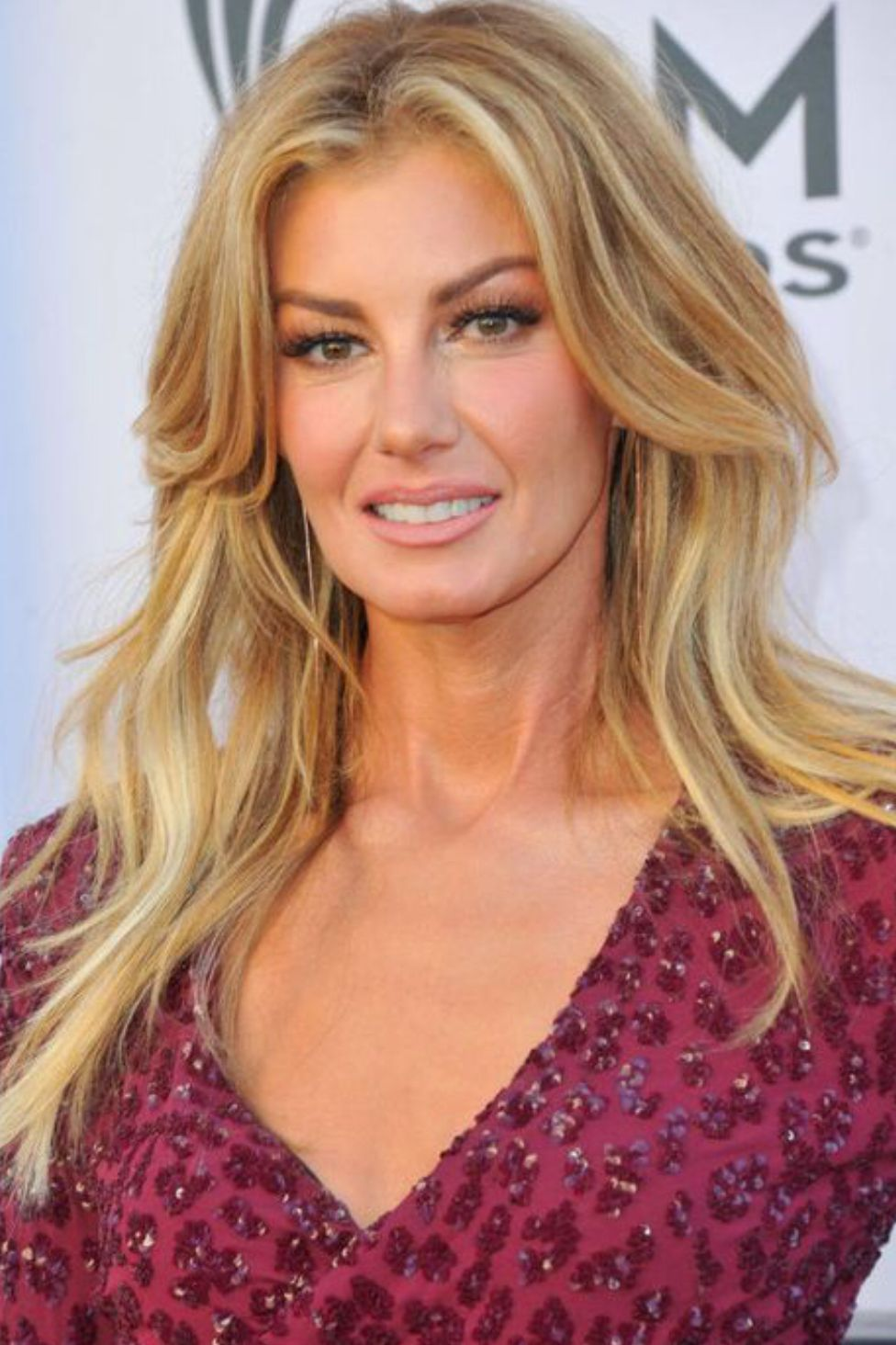 pin by stephanie johnson on hair and makeup | faith hill