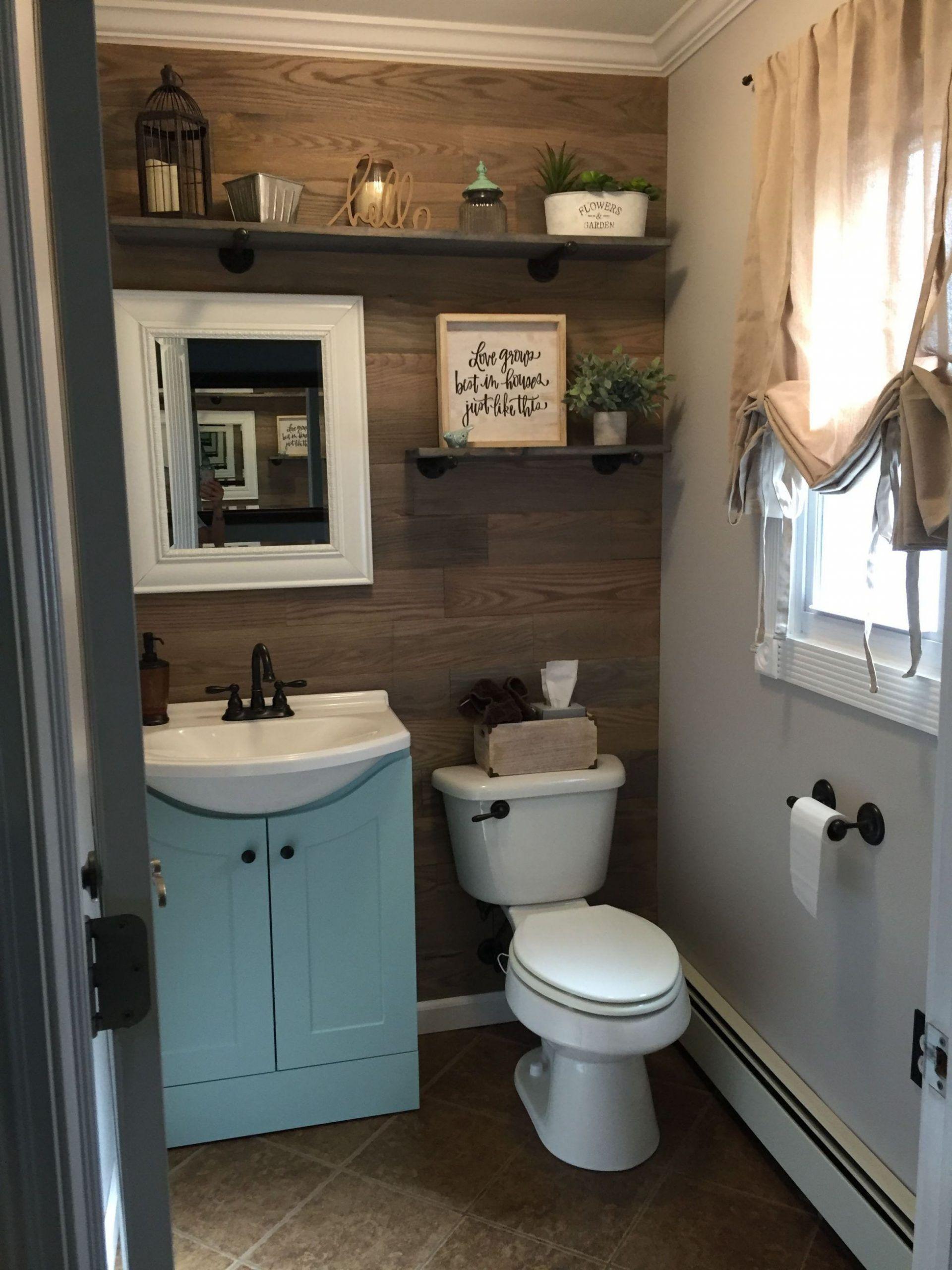 Beautiful Rustic Bathroom Ideas On A Budget In 2020 Cottage Bathroom Design Ideas Bathroom Design Small Small Bathroom Decor