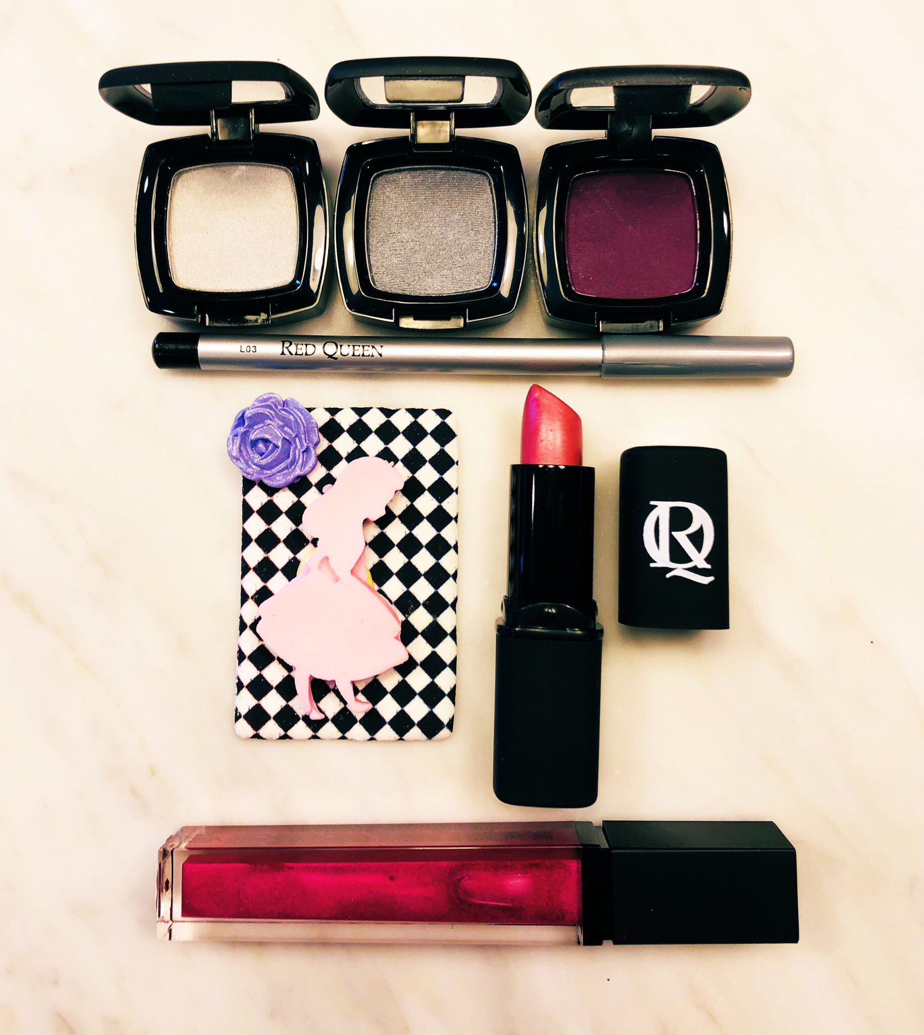 Red Queen Cosmetics Lavender aromatherapy, Makeup