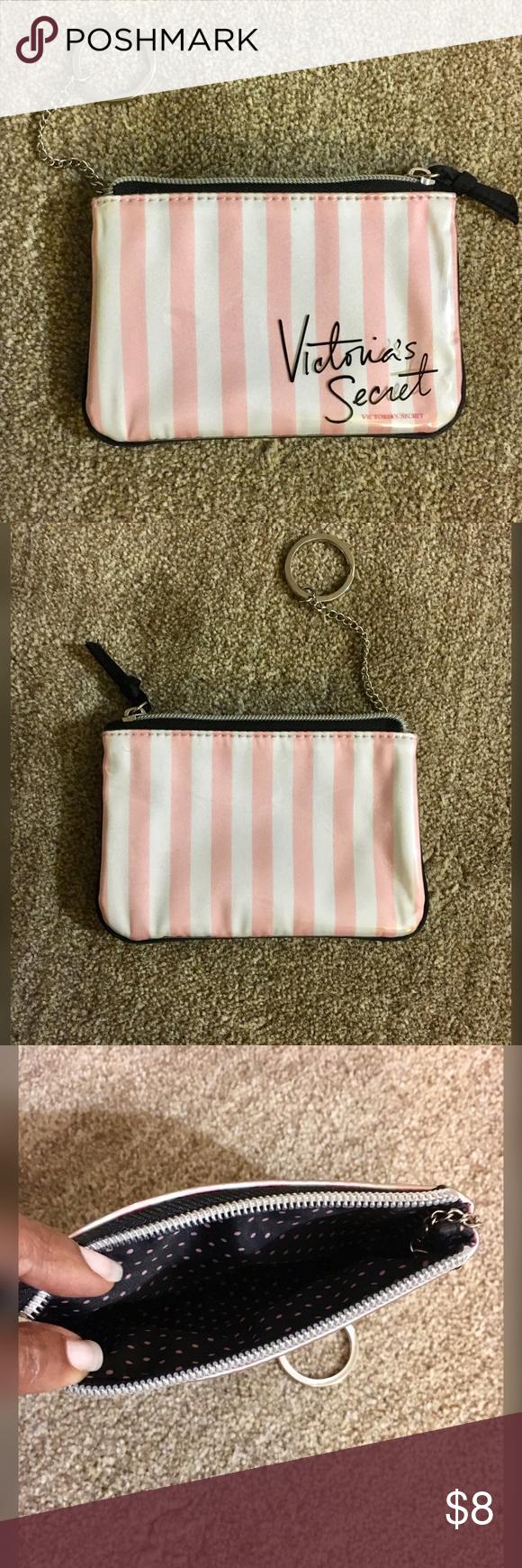 Victoria Secrets Makeup Case Purse size makeup case NWOT Victoria's Secret Bags Cosmetic Bags & Cases