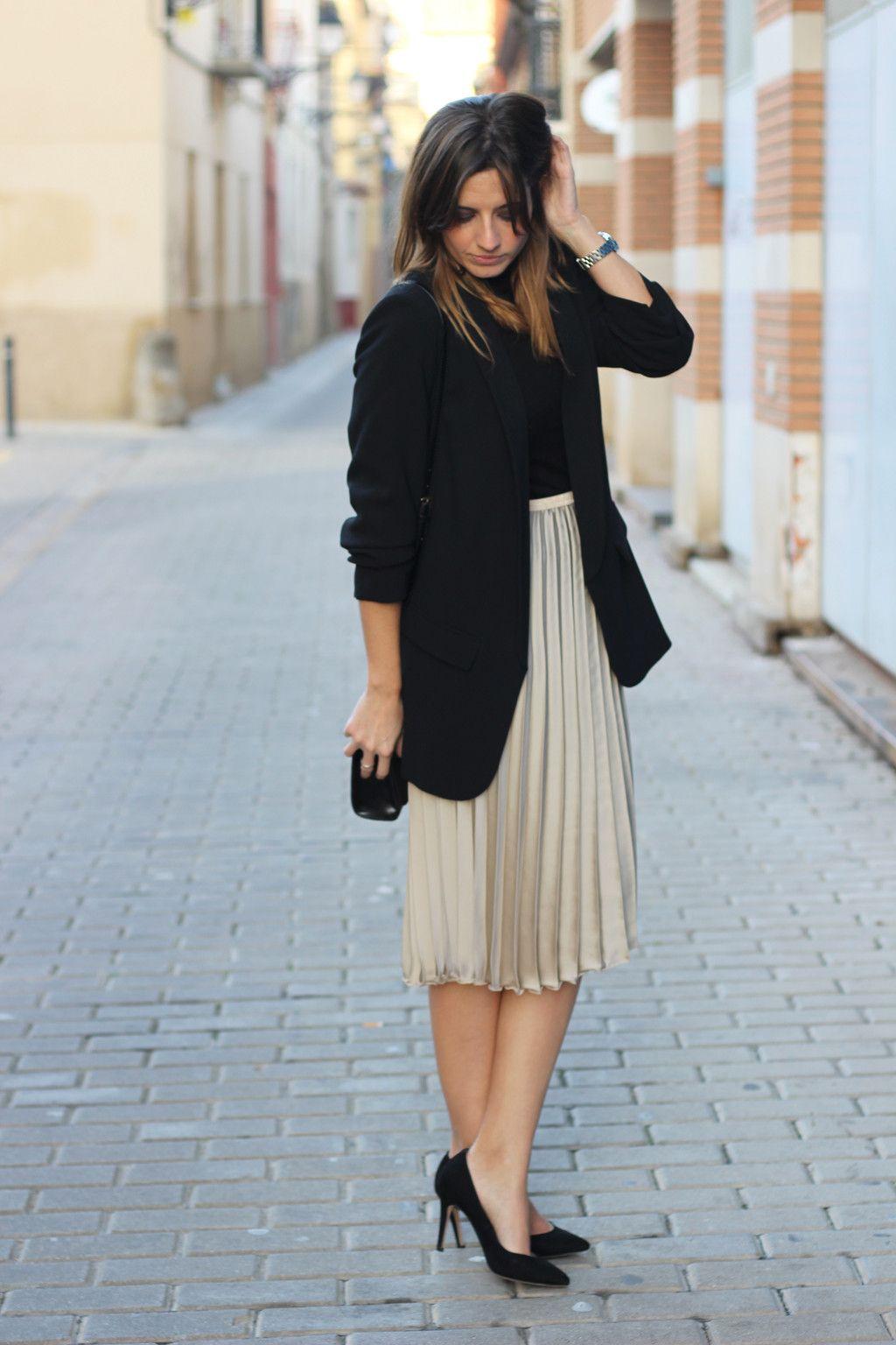 983fb53e8b678 outfit para navidad con falda plisada