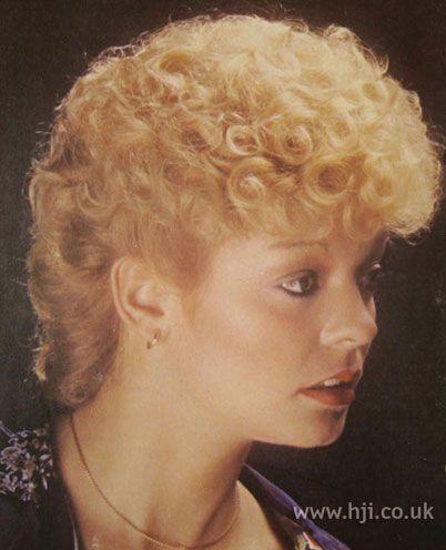 90s Permed Hair Google Search Short Permed Hair Permed Hairstyles Short Hair Styles