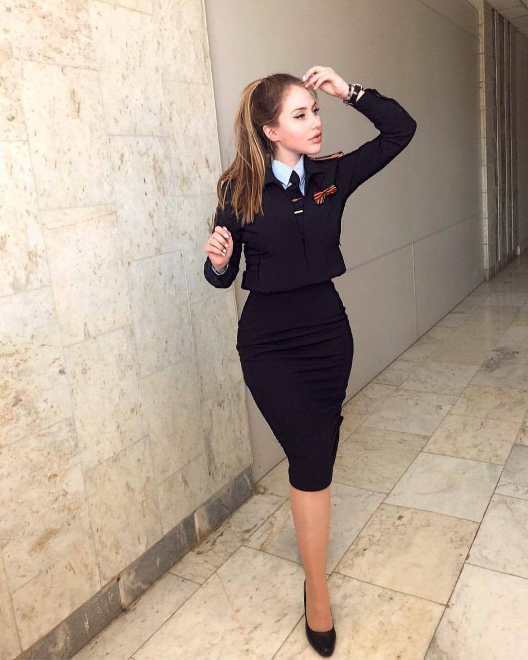 Русская Девочка В Сексуальных Чулочках