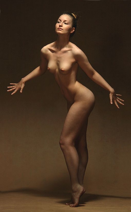 nude woman standing pose nsfw