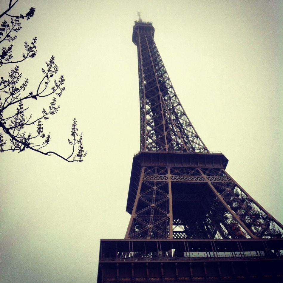 La señora Torre Eiffel. #París