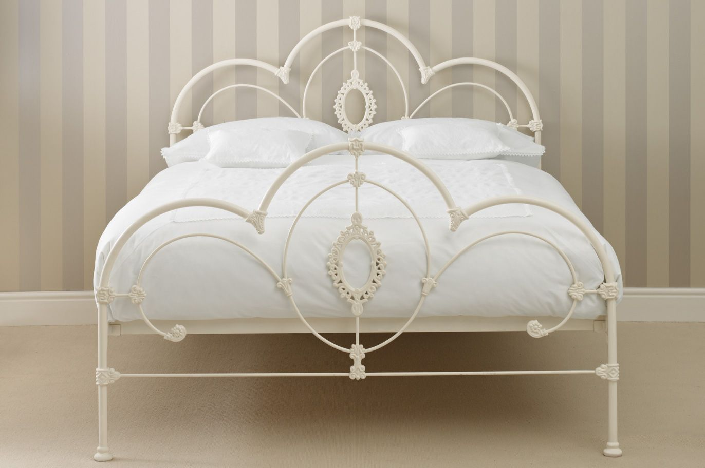 Somerset Metal Bed Frame In Ivory With Curved Scrolls Cameo Accents From Laura Ashley Iron Bed Frame White Bed Frame Iron Bed