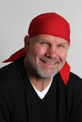 Peter FitzSimons.  Great Aussie author.  Love 'Kokoda' & 'Les Darcy Story'