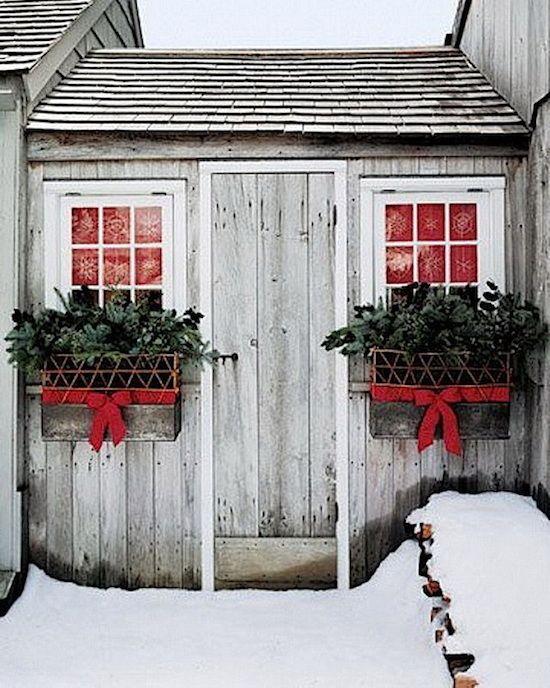 Christmas Exterior | Barn, Wreaths and Holidays