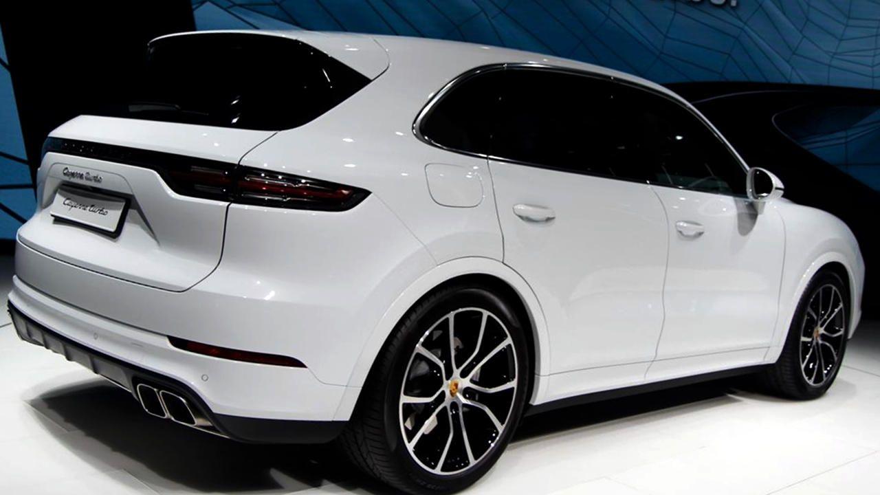 2019 Porsche Cayenne Turbo Is Very Fast Price Release Specs Cayenne Turbo Porsche Suv Porsche