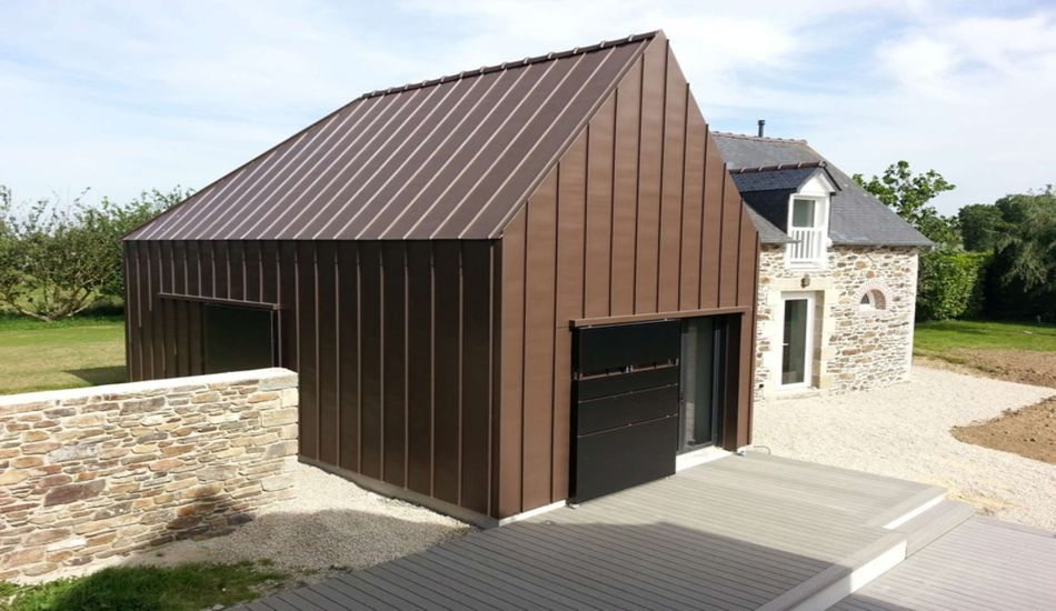 Extension d\u0027une ancienne bâtisse en maison contemporaine en Bretagne - facade de maison contemporaine