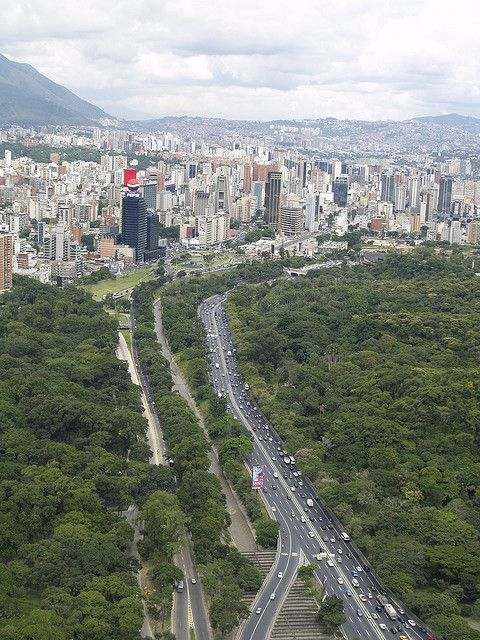 urban growth boundaries facilitate vibrant, cohesive cities while protecting natural space & forests surrounding   The Earth Is Full   Caracas, Venezuela   #paradigmshift