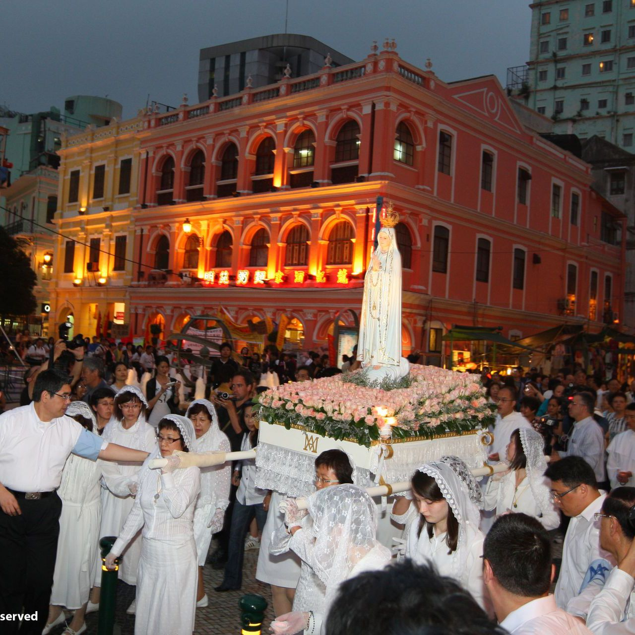 May 13. Annual procession of devotees, from S. Domingos Church to the Penha Chapel where an open-air mass is said. The event commemorated the miracle of Fátima in Portugal in 1917. #macau #visitmacau #travel2next