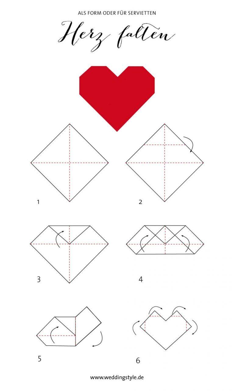 Origami Herz falten als Lesezeichen oder Serviette
