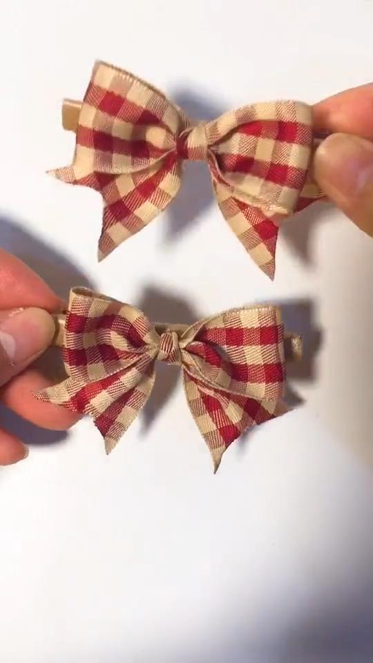 DIY Fantastic Hair Accessories-Cute Bowknot Hair Pins for Kids