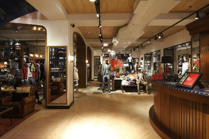 ba5f0e30 Tommy Hilfiger flagship store, Brompton Road, London | Store Design ...