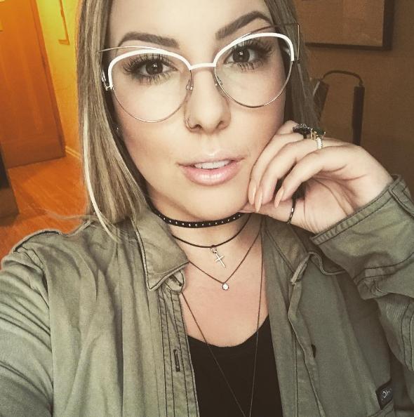 608d64729 Quem disse que óculos de grau precisam ser entediantes?! @anaclara arrasou  com #MarcJacobs 12/S #envyotica #oculosdegrau #oculos #eyewear