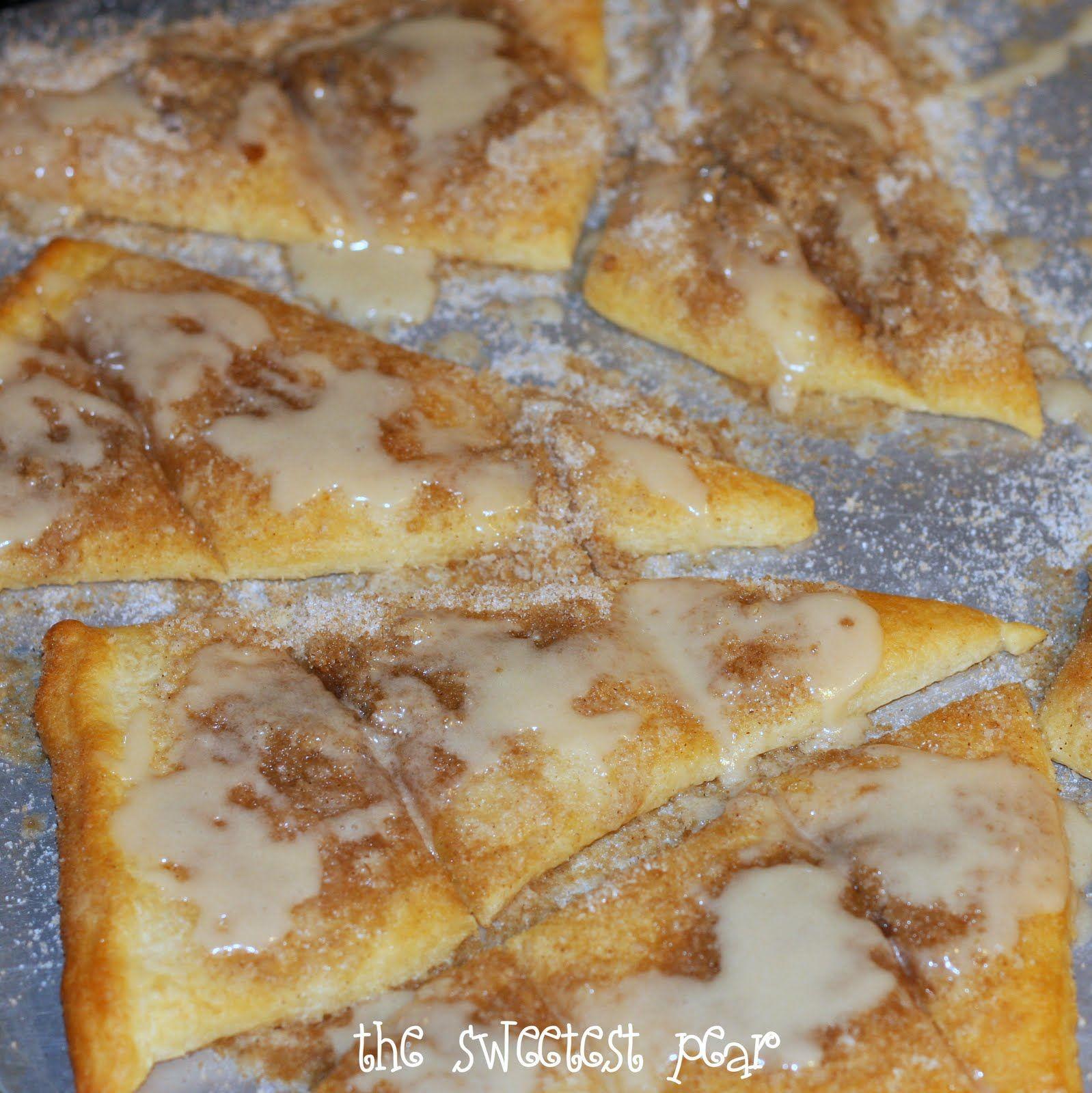 Cinnamon-Sugar Pizza made with crescent rolls