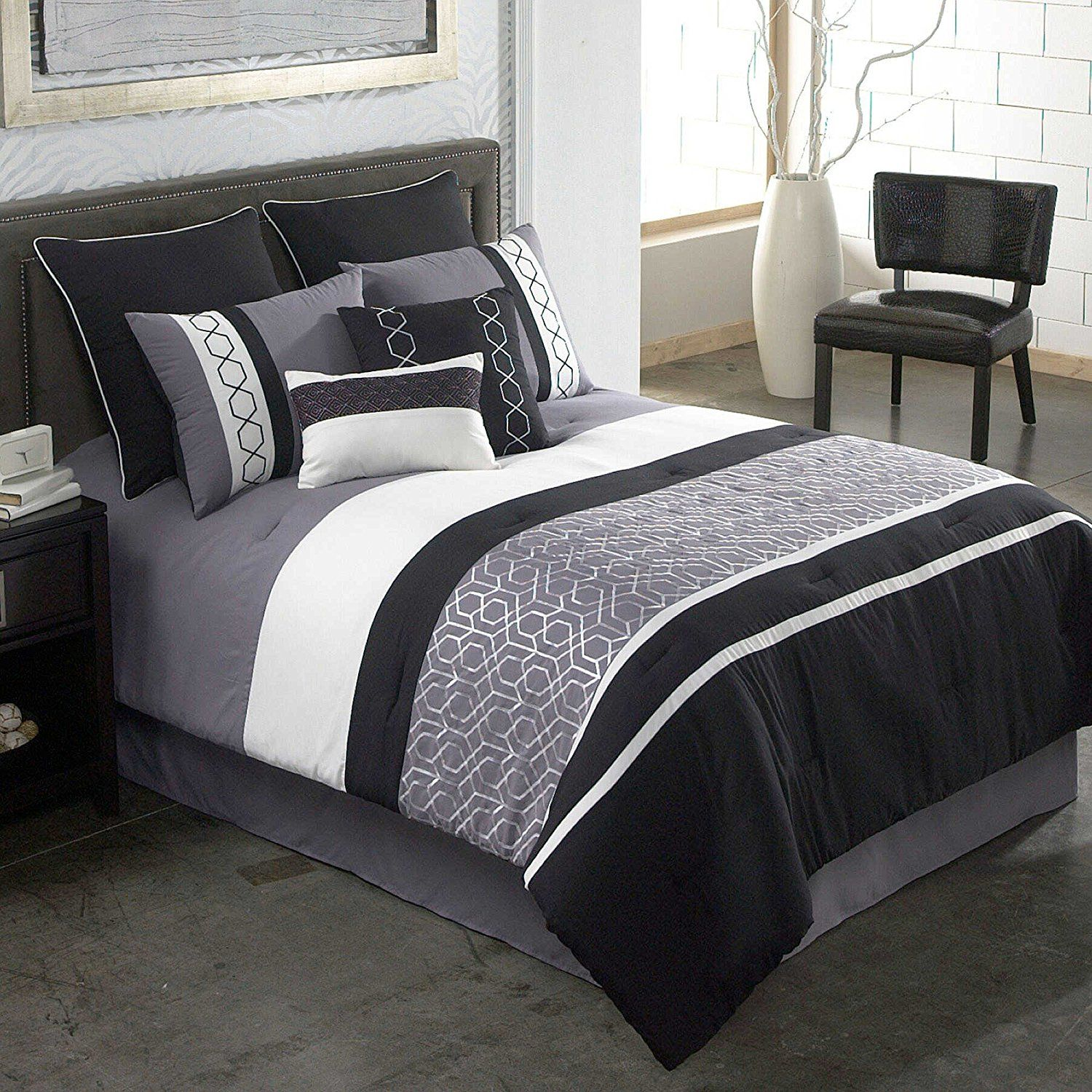 Modern Elegant Luxury Striped Patterned Bedding Hotel Bed Black Grey