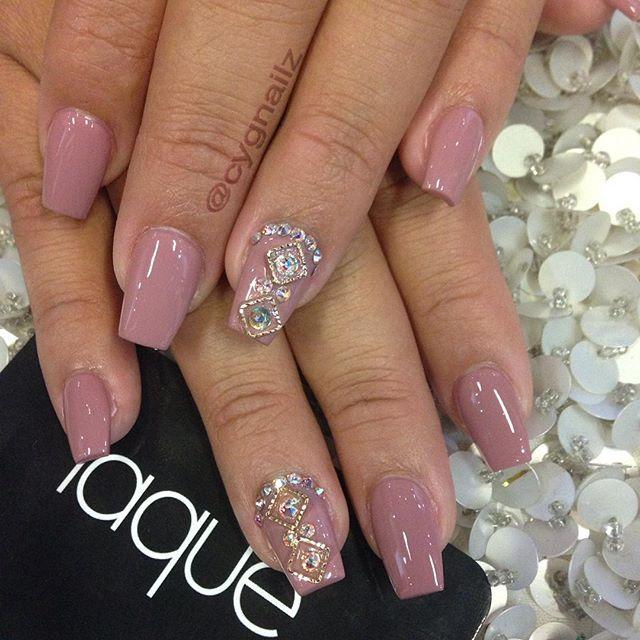 #nails#acrylic#fullset#coffin#almond#square#stiletto#shape#3drose#nailart#naoig#nailartofinstagram#mani#pedi#gel#appt#manicure#pedicure#laquenailbar#cygnailz#byCarmen#getlaqued#naillover#NailSwag