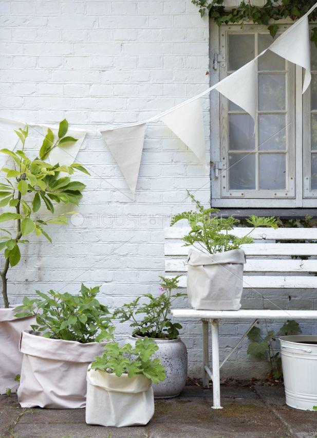 Pin von sündenherz auf Garden | Color White | Decoraciones de jardín ...