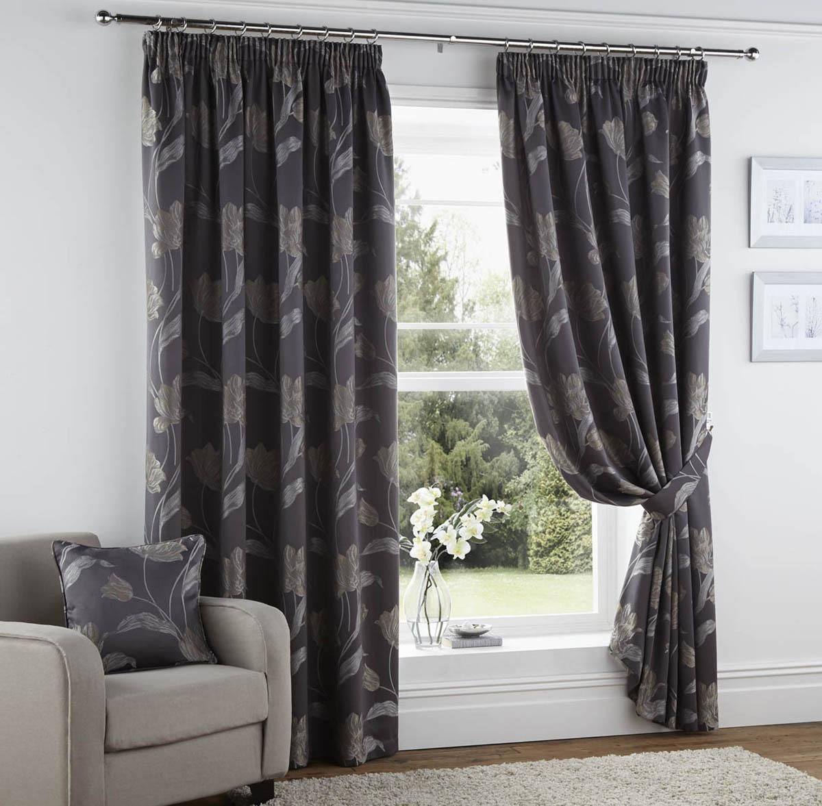 Pin Curtains Readymade Pencil Pleat Curtains And Rugs Chic At Hom On   57  Str Sissinghurst