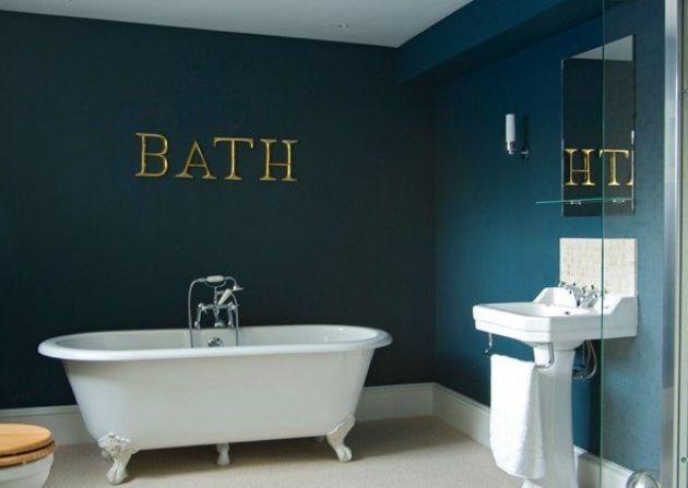 A Westward Bathroom Painted In Farrow Ball S Stiffkey Blue Hague Blue Bathroom Blue Bathroom Dark Blue Bathrooms