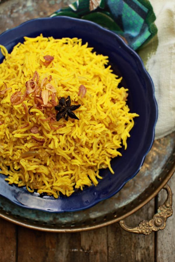 Nasi Beringin Sedapnya Kalau Makan Sambil Berkelah Di