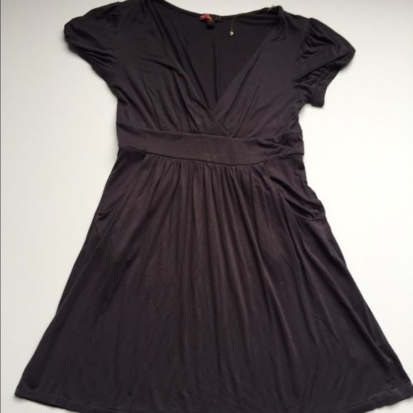 Grey Dress Cotton/Polyester Blend Grey Dress - F21 Worn, but in Good Condition! Forever 21 Dresses Midi