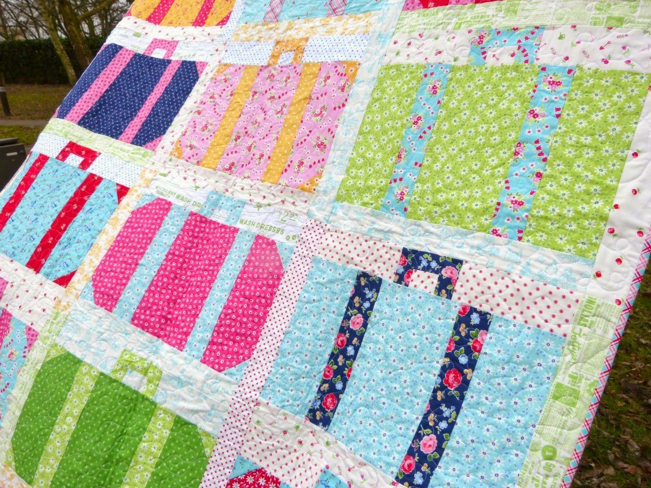 vintage luggage suitcase quilt | Pam Kitty Picnic | Pinterest