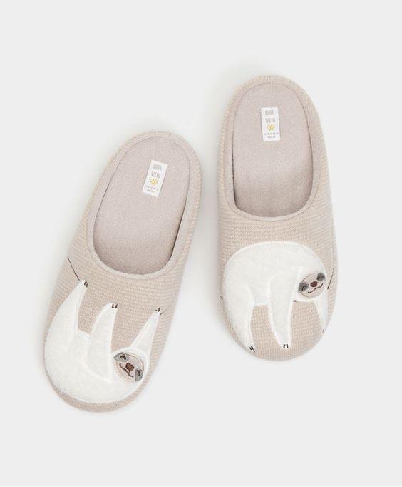 cdd954bd50223 Sloth slippers - View All - FOOTWEAR | Oysho | New york fashion ...