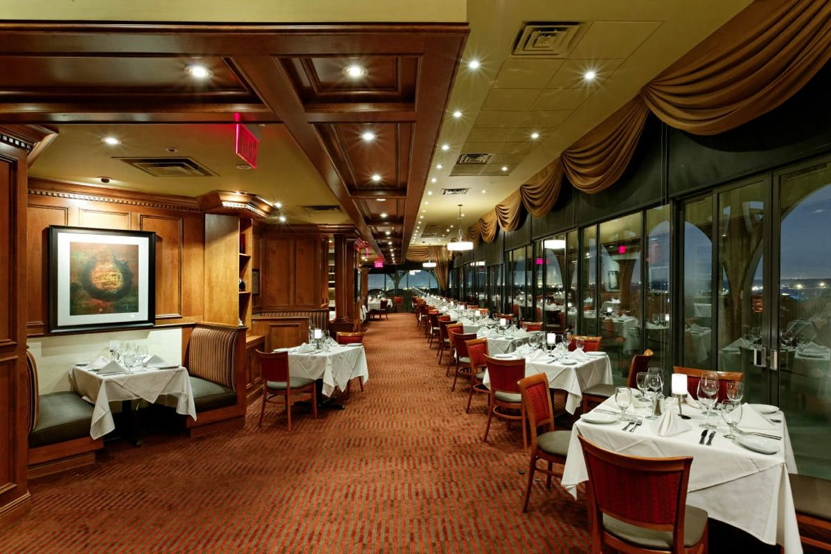 Ruth's Catering in Louisville, KY - Bring the service, expertise and flavor of Ruth's Chris Steak House to the location of your choice! Your Private Event Manager is ready to help attend to every detail of your event, from the menu to the martinis/5(K).